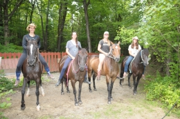 Horseback riding instructors